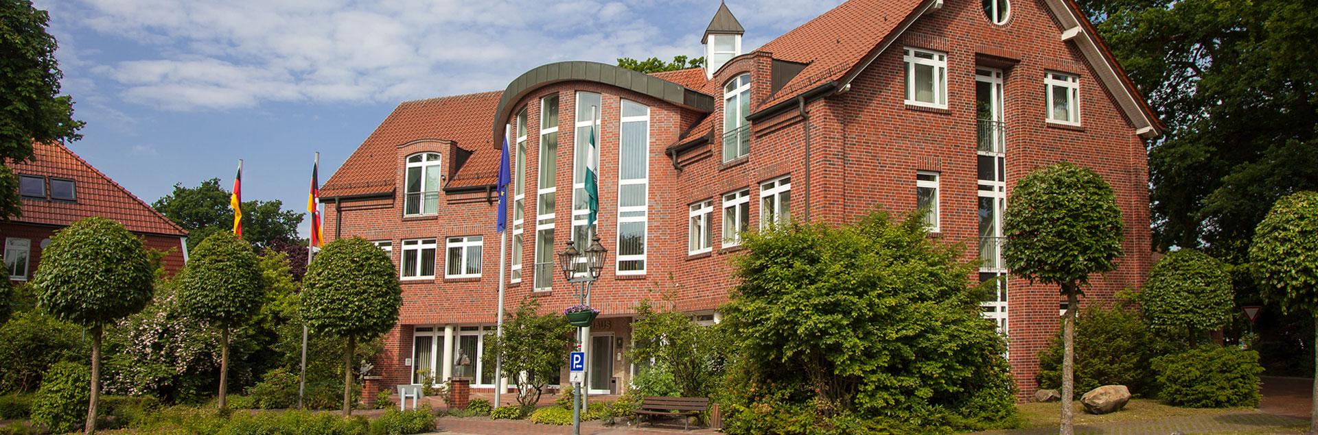 Gemeinde Lindern Banner Rathaus